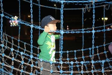 Nov 14 02_Mubazzarah Park-034