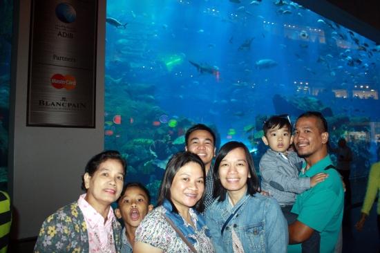 Nov 15 03_Dubai Mall-015